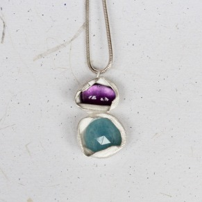 amethyst_and_amozonite_pendant_front_300